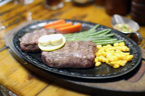 Ostrich_steak