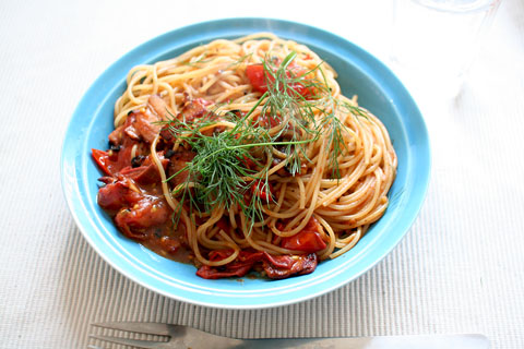 Tomato_and_bacon_spaghetti