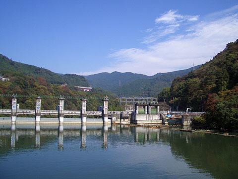 Sagami_lake3