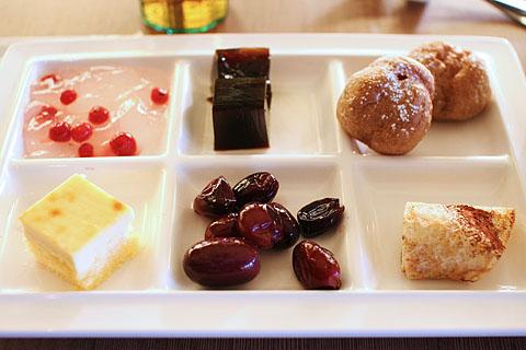 Smorgasbord_dessert
