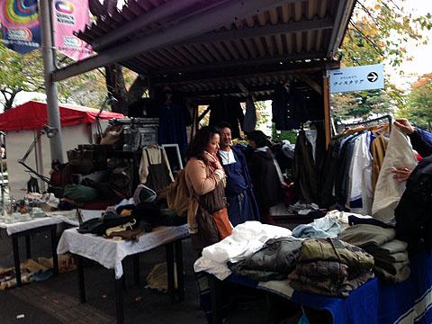 Flea_market02